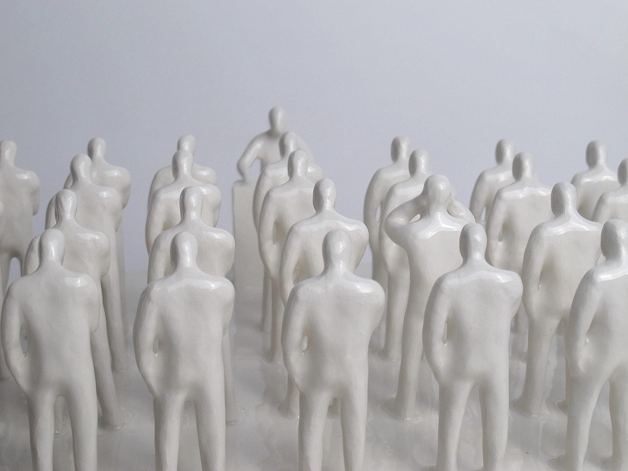 Gabriele Mallegni No listen box, white glazed ceramic, 2020, detail